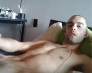 Horny amateur jerks off and cums intensely
