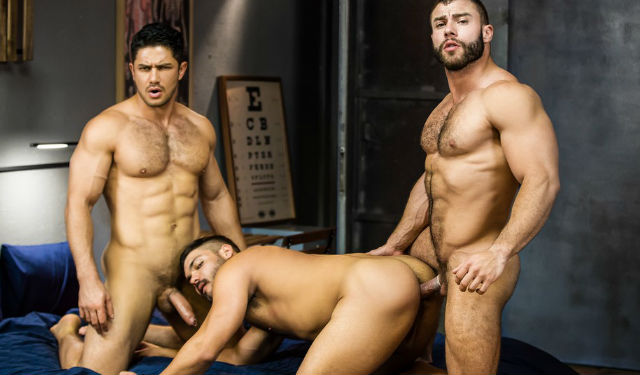 Hunks Dato and Diego fuck Nicolas