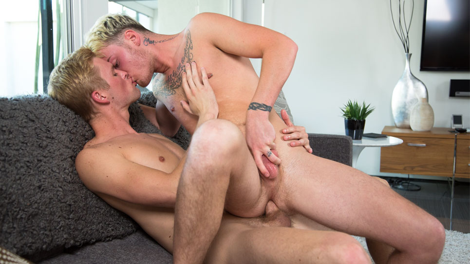 Next Door Studios: Ty Thomas fucks Dominic Green