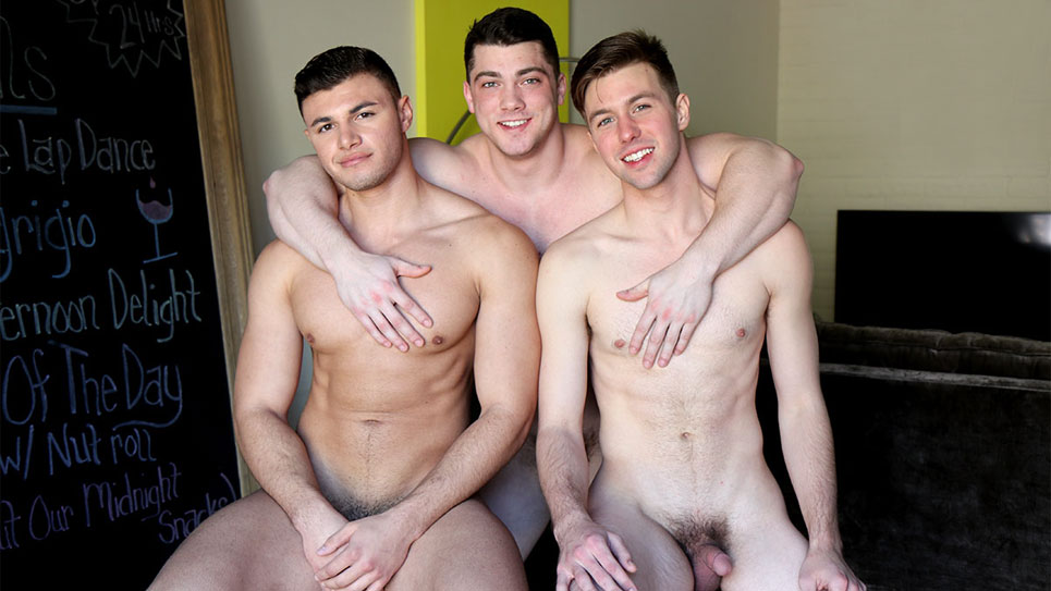 GayHoopla: Caden Carli, Alex Griffen and Collin Simpson fuck