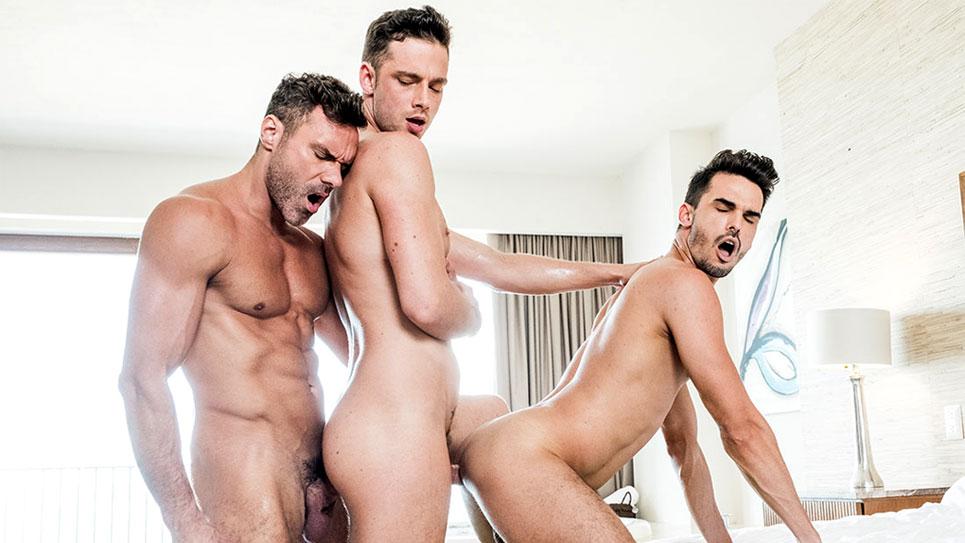 Aaden Stark, Manuel Skye and Damon Heart in a bareback threeway
