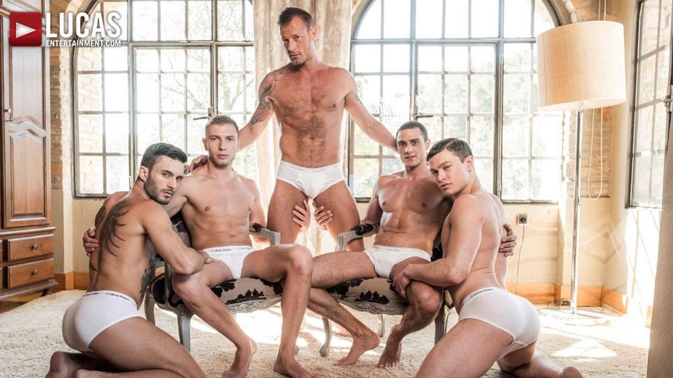 Ruslan Angelo's five guy bareback orgy