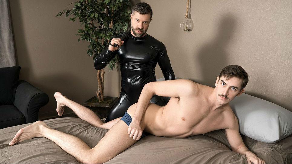 Sexy hunk Tristan Jaxx pounds Jack Hunter