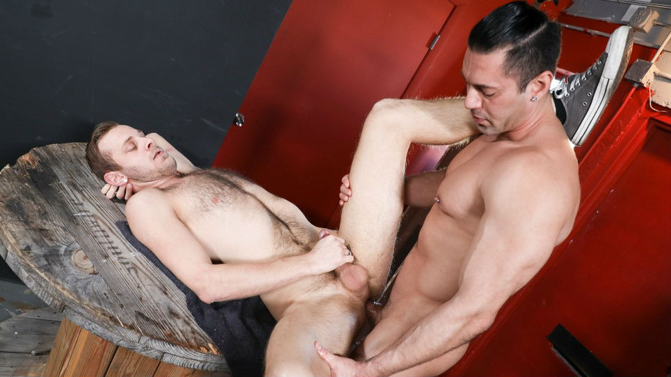 Alexander Garrett uses Chandler Scott's mouth and ass