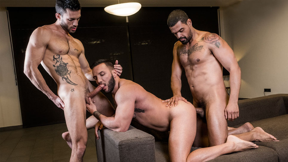 Alpha top Frank Tyron fucks Donato Reyes and Andy Star