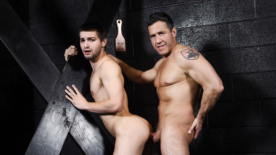 Sexy daddy Dean Phoenix fucks Johnny Rapid