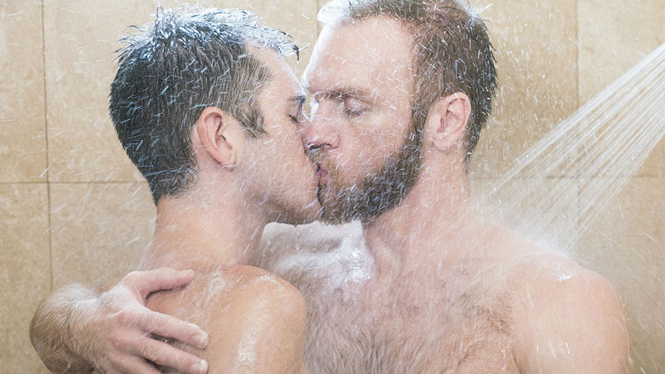 Elder Ingles gets fucked RAW in the shower