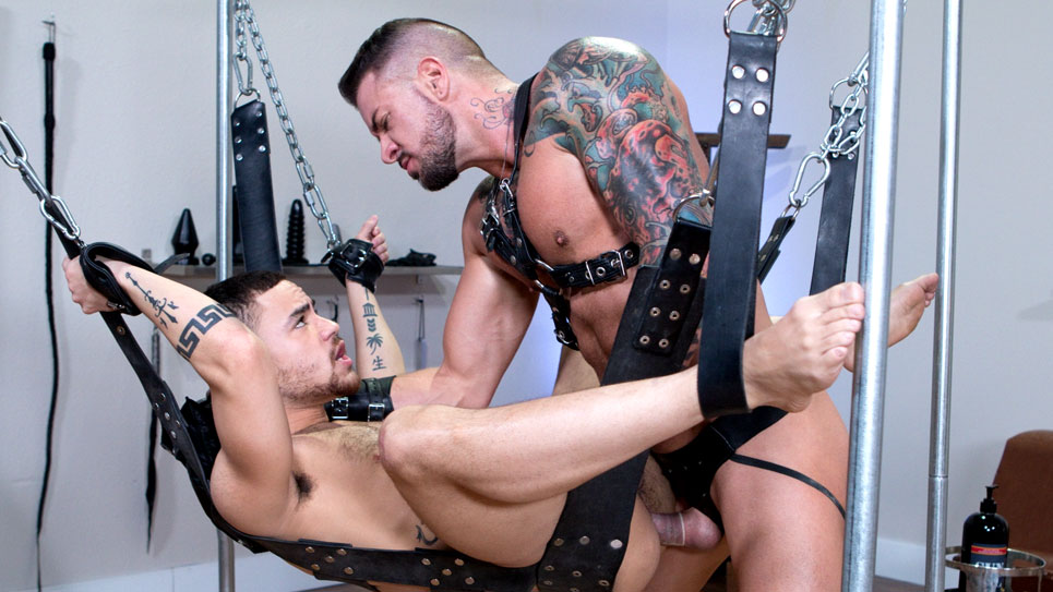 Beaux Banks gets fucked by Dolf Dietrich