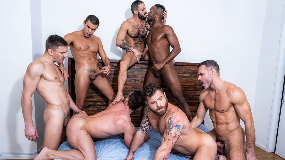 Lucas Entertainment: 7 hung guys in a bareback orgy