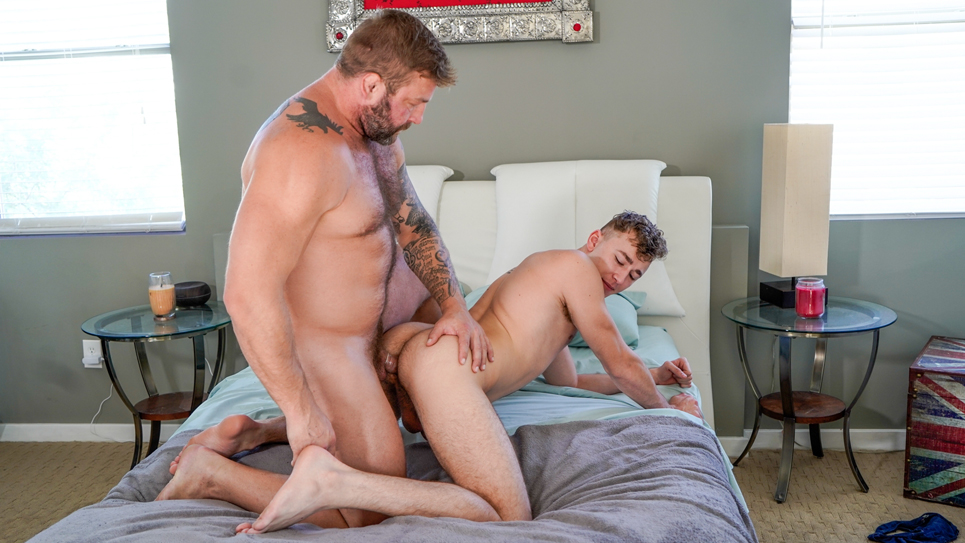 Icon Male: Colby Jansen plows Zander Lane's ass